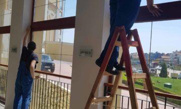 почистване на прозорци - Фея